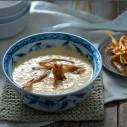 Pastinaaksoep met gember en mierikswortel